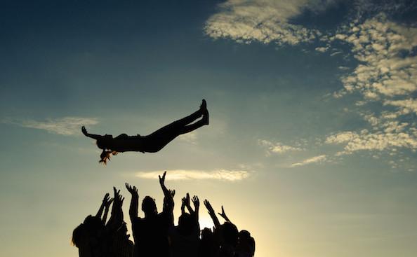 Il clima di fiducia è fondamentale, in azienda e nella vita. Come conquistarsi la fiducia del prossimo?